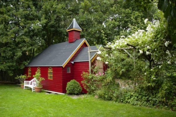Bijzondere Overnachting in het Rode Kapelletje