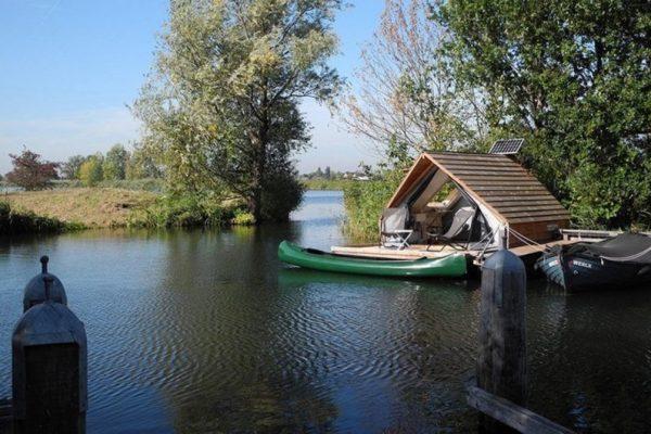 Floating Lodge Fort Uitermeer